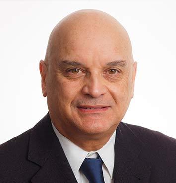 DR. JULIO QUINTANA