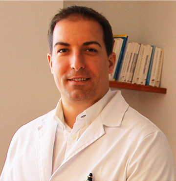 DR. ANDRÉS HERNAIZ