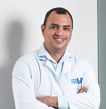 DR. ALDO BALLADARES
