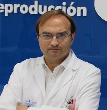 DR. SALVADOR GARCÍA