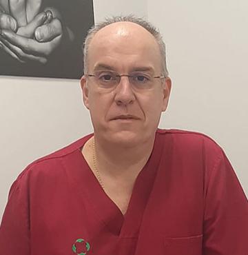DR. ANDRÉS MENACHO